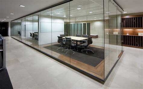 Modern Glass Office Meeting Room Wall Design