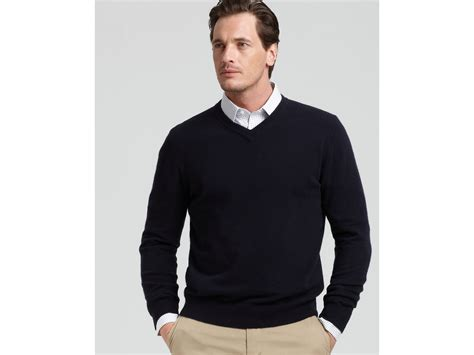 Bloomingdale's The Mens Store At V-neck Cashmere