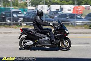 Scooter Aprilia 850 : aprilia srv 850 scooter en mode dragster urbain page 2 sur 2 le site suisse de ~ Medecine-chirurgie-esthetiques.com Avis de Voitures