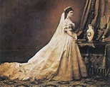 The Beauty Rituals of 19th Century Empress Elisabeth of ...
