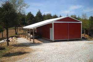 24 X 32 Pole Barn with Lean To