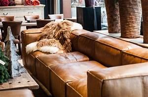 Couch Leder Cognac : samengestelde bruine lederen hoekzetel cognac kleur ~ A.2002-acura-tl-radio.info Haus und Dekorationen