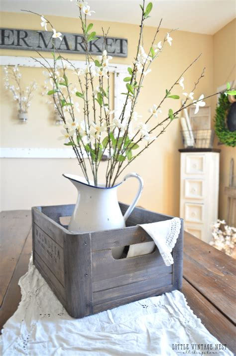 These are the best rustic farmhouse porch decor ideas that you will fall in love with. DIY Farmhouse Kitchen Decor Ideas -31 Rustic Crafts
