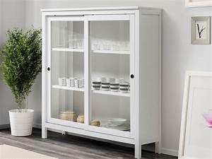 le meuble vitrine quand la deco ne se cache plus With deco cuisine avec meuble vitrine salle a manger