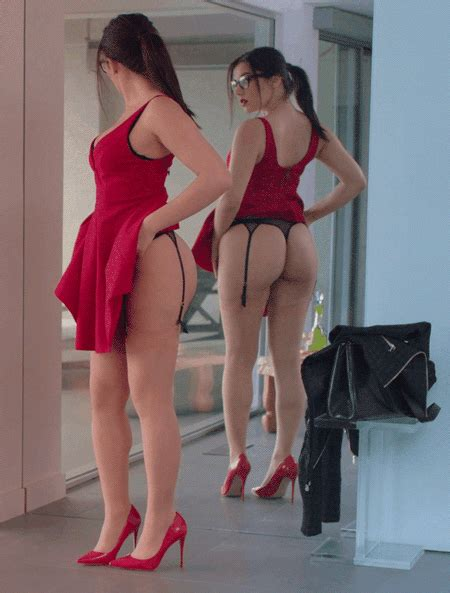 In My Room You Do Have To Put On The Red Dress Mot199