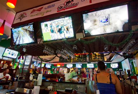 where to watch football in fort lauderdale