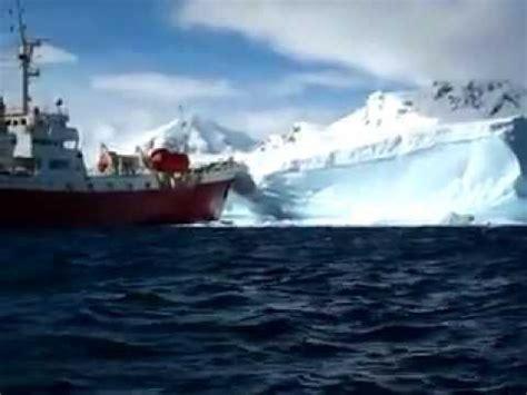 Big Boat Collisions by Cruise Ship Iceberg Crash Flv