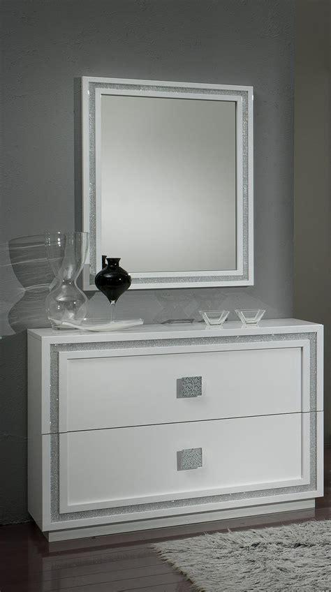 miroir chambre a coucher miroir rectangulaire design laqué blanc cristalline