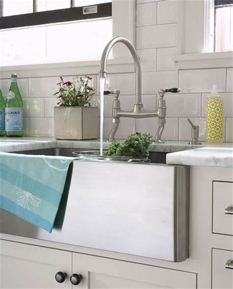 all about farmhouse kitchen sinks farm house sink