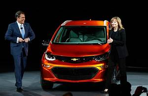 Here's Why the New Chevy Bolt Could Be a Problem for Tesla