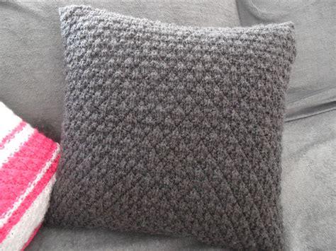 bout de canapé m comment tricoter une housse de coussin