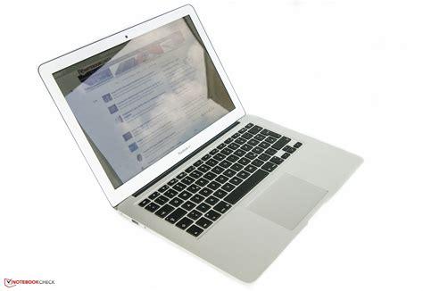 Apple, macBook Air A1466.3 Laptop - MD231LL/A (June, 2012