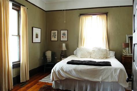 sage green paint colors bedroom