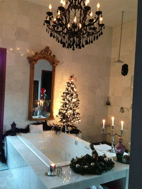 decorate  luxurious bathroom  christmas