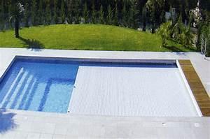 Volet motorisé tubulaire pour piscine 8m x 4m