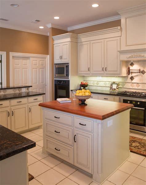 decorating kitchen island sublime butcher block kitchen island decorating ideas