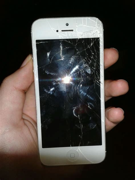 how much to replace iphone 5 screen why is iphone 5 screen replacement much cheaper than before