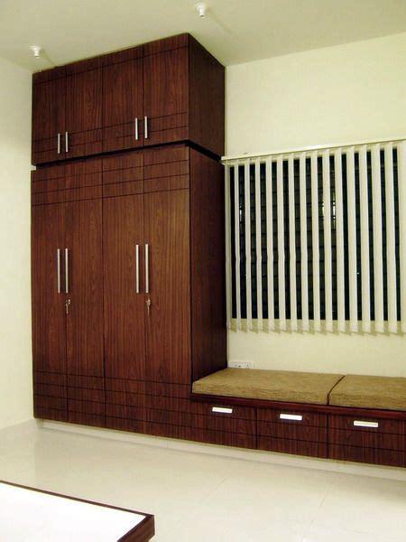Wooden Cupboard Designs For Bedrooms by Bedroom Cupboard Designs Home Ideas