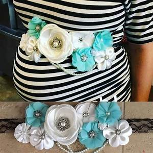 How To Make The Cutest Baby Shower Corsage