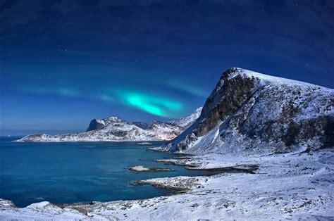 bureau pour fille northern lights paysage d 39 hiver des montagnes de neige de