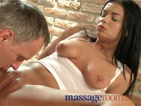 Massage Rooms Multiple Orgasms For Horny Girls From Expert