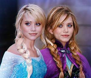 Cosplay Holic: Frozen: Elsa and Anna