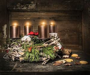 Deko Weihnachten Adventskranz : modern oder klassisch das sind die deko trends f r weihnachten 2017 wohnungs ~ Sanjose-hotels-ca.com Haus und Dekorationen
