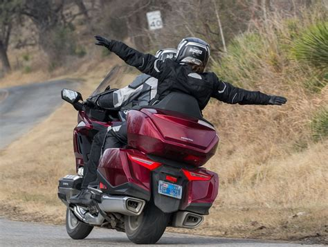 honda gold wing  dct test  texas hill country