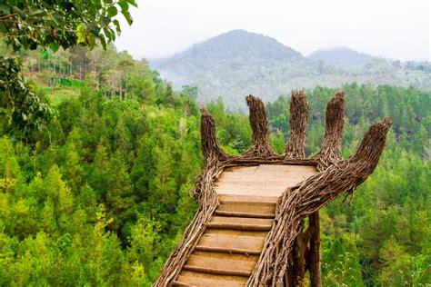 tempat wisata  malang  wajib dikunjungi  liburan