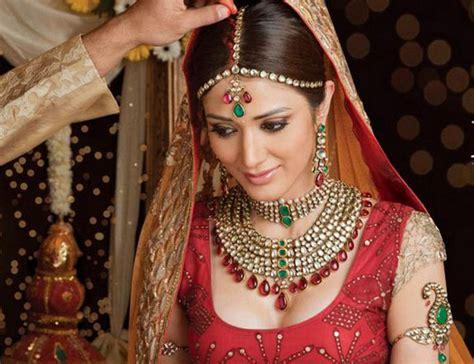 promi hochzeit frisuren bild iris auzinger indische