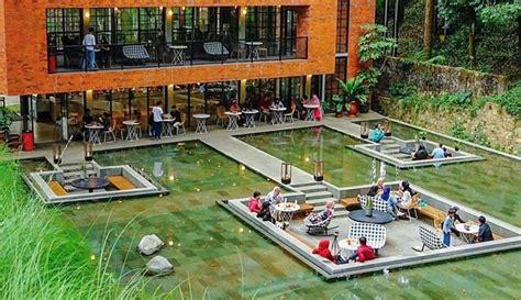 lake house pesona alam sedayu resto cantik