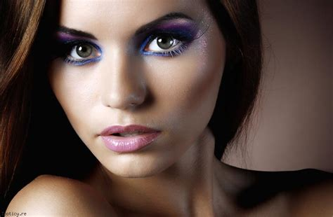 Maquillage yeux tombants comment maquiller les yeux tombants Elle