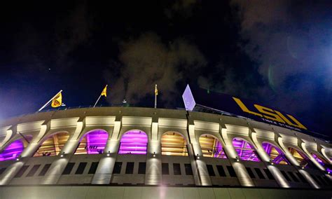 Saints explore moving home games from Superdome to LSU's ...