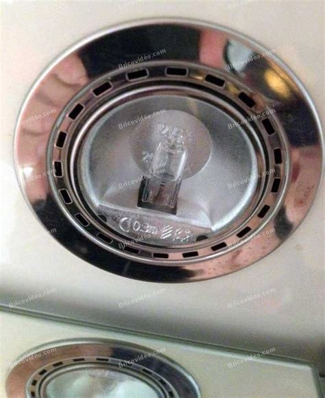 spot halogene cuisine changer spot halogene salle de bain