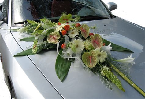 decoration voiture mariage noeuds tulles mariage