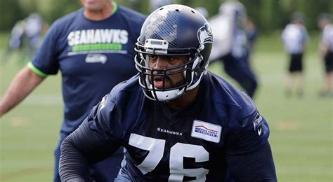 seahawks duane brown reach agreement  contract