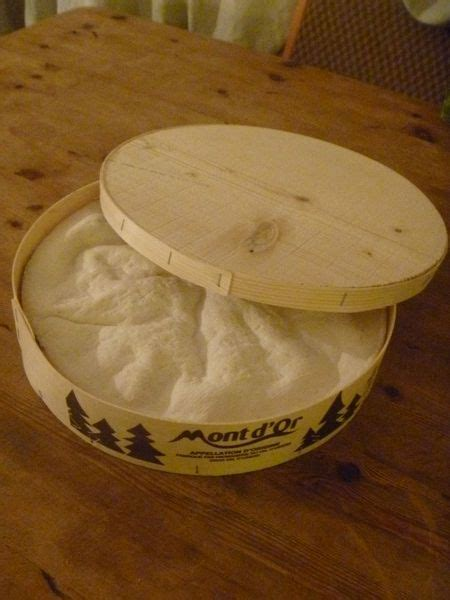 baked vacherin mont d or