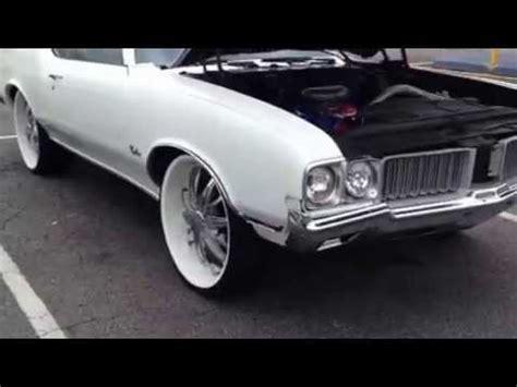 47 inch tv 1972 cutlass 442 convertible on 24 inch rims pearl white