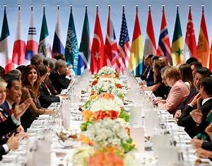 Angela Merkel welcomes G20 leaders - with VERY different ...