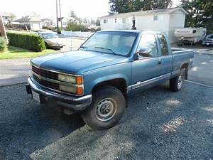 1990 Chevy 2500 Scottsdale 4x4 Truck Longbox Ext Cab Campbell River  Campbell River