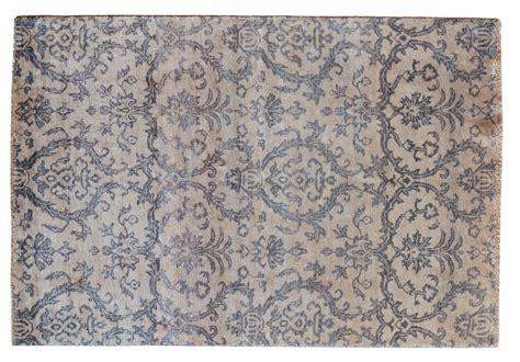 immagini di tappeti moderni tappeto moderno dalla sfumatura di grigio particolarissima