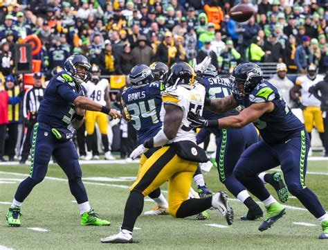 seattle seahawks pass attack  explosive efficient