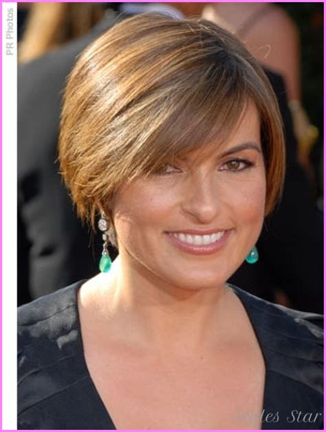 short haircuts for women with round faces over