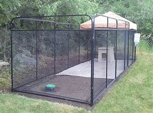 Building a dog run how to build dog kennel outdoor for Dog run outdoor kennel house