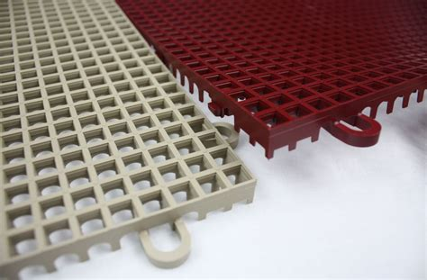 Smooth Grip Loc Tiles   Drainage Plastic Deck Tiles