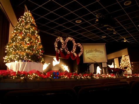 church christmas decorating large scale christmas love