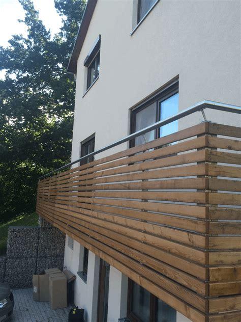 balkongeländer holz selber bauen balkon bauen balkontr 228 ger bis balkongel 228 nder hausbau ein baublog