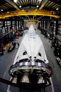 SpaceX Unveils Gorgeous Rocket Legs for Space Station ...