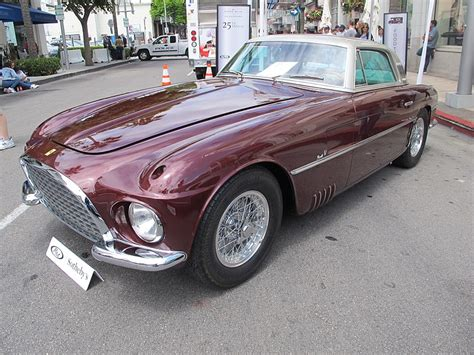Just three examples of the ferrari 375 america were bodied as coupes by turin's legendary carrozzeria vignale in 1954, each of the cars was unique in its own way as they were built by hand without the aid of a body jig. 1953 Ferrari 375 America Coupe Vignale   Carros