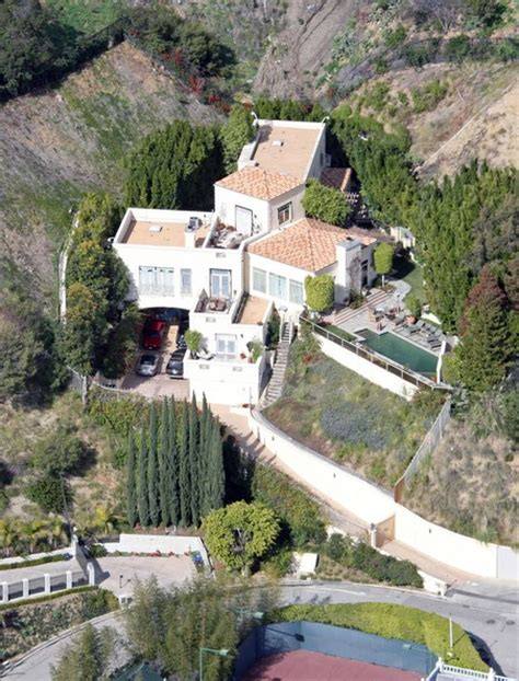 brittany murphy simon monjack house brittany murphy photos photos file picture sharon
